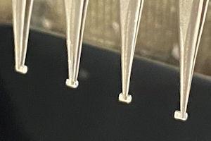 Discreet SMT Device Tinning
